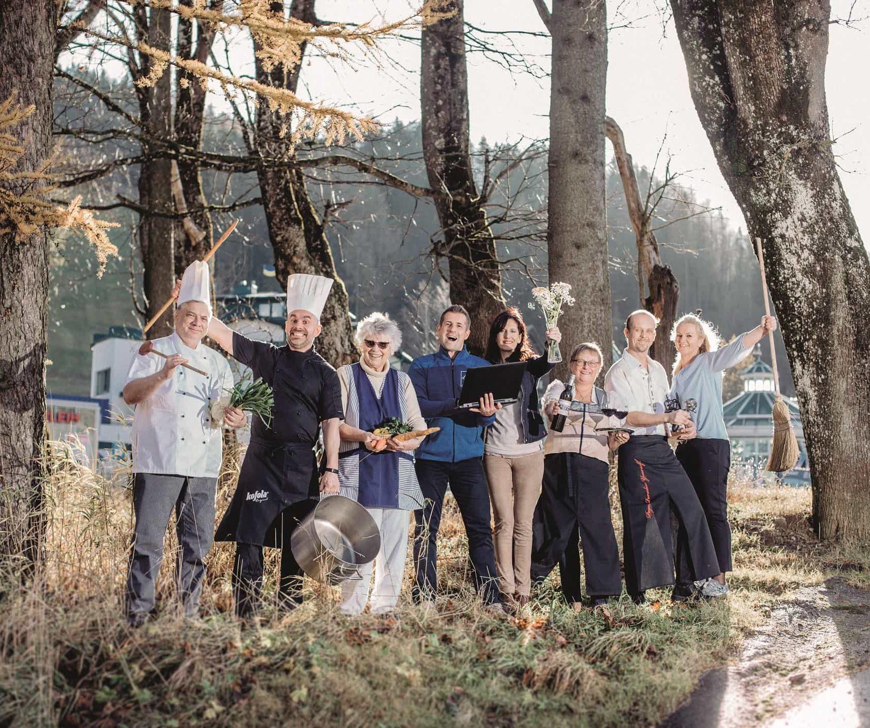 Familie Latzelsberger und Team