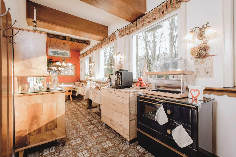 Gasthof Berghof Restaurant Fruehstueck